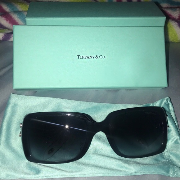 8b6a77feac6 Tiffany Victoria TF 4047B Black Blue sunglasses. M 5b6fb368b6a9422e3ae0b696